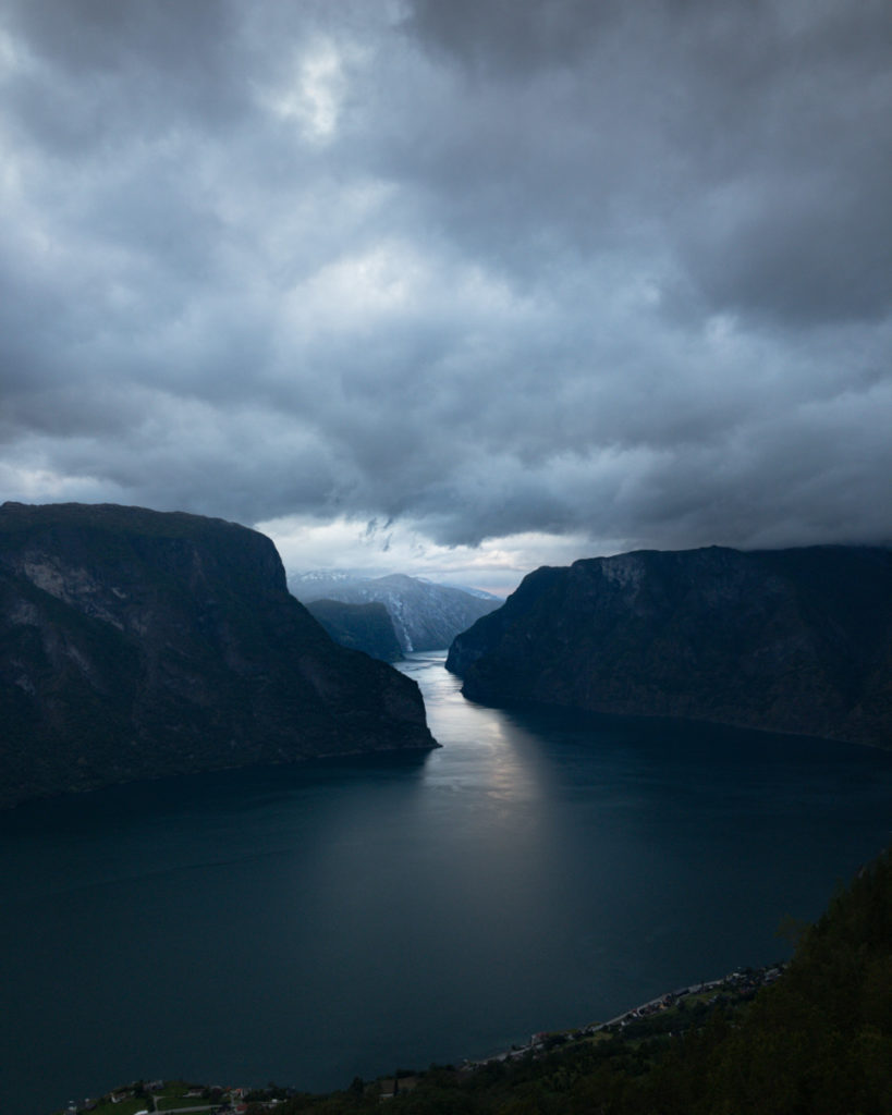 Blick auf Aurlandsfjord